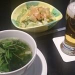 23864464 - サラダ、スープ、ビール