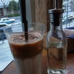 J.S. PANCAKE CAFE  - アイスカフェラテ(ランチセット)2014年1月21日ジェイエスパンケーキカフェ MARK IS みなとみらい店