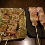 天武 - 豚串山わさび380円と とり串塩350円