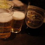 かわ屋 - まずは瓶ビールですね!