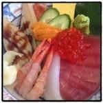 魚勝 - 限定5食の海鮮丼980円。