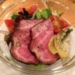 鉄板料理 八天 - ローストポークとアーティチョークのサラダ