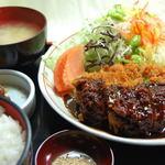 ママン - みそかつ定食¥1260-