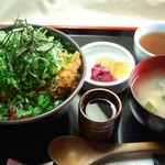 ママン - ねぎカツ丼¥900-