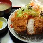 ママン - 特上ロースカツ定食¥1700-