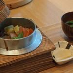 とらや工房 - 釜飯(1〜3月の軽食)