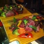 ベガーズハーレム - 道産牛・豚・鶏と野菜達のグリルプレート