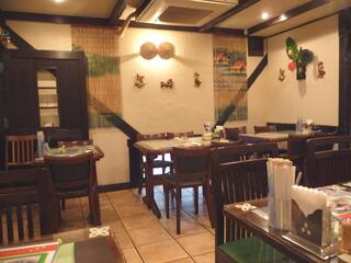 ベトナム料理専門店 サイゴン キムタン - キムタン 中二階 店内
