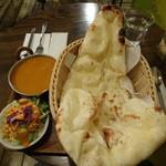 Himalaya Curry - ランチAセット850円