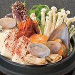 韓豚屋 - ボリューム満点!! 色んな海鮮の純豆腐