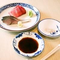 寿し おおはた - 鮮魚のお造り盛り合わせ(その日の仕入れ状況により無い場合がございます。)