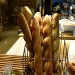 関口フランスパン - やっぱりフランスパン美味しい!