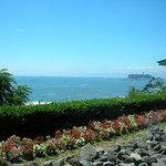 239069 - ダイニングからは遠くに江の島を望みます
