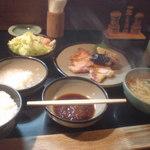 八竹亭 - ポークロース炒め定食