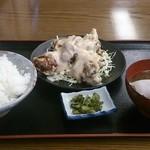 23900782 - 唐マヨ定食980円