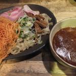 ラーメンヨシベー - お魚つけ麺(2玉) トッピング:辛ネギ