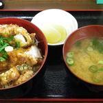 くらちゃん - からあげ丼 (-^〇^-)