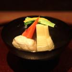 有いち - お椀 (海老真薯 と 筍 椎茸、京人参、芹、三浦大根)
