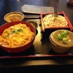 美ね吉 - 親子丼定食