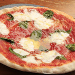 伊食酒房 穴 - ◆産地・具・焼き方にこだわった、コラーゲンたっぷりの自慢のピザです♪