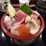 2392957 - 海鮮ちらし寿司(2,100円)