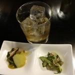 すろまい - カンボジアのおばあちゃんのヤシ酒580円