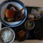 炉ばた 魚魚炭 - かま大根定食