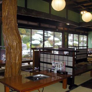 日本酒にこだわるお店【山賊鍋飯塚店】