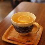 つむぐカフェ - 手作りホットレモネード