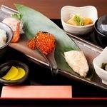 居酒屋いち - 鮭の欲張り定食