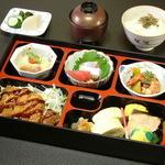 活魚料理 待多郎 - <昼弁当>1050円