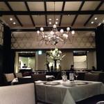 23941258 - ホテルレストランらしい内装