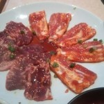 コリヤンテーブル - 焼肉(コリコリカルビ・ミソ豚)