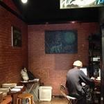 ジャズバー ブルーモンク - このスペースが、かつてプレーヤーたちが演奏していた場所である