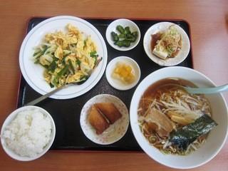 台湾料理 吉祥 下石田店 - 今週ランチ¥630(ニラと玉葱と玉子炒めver)+ラーメン¥70