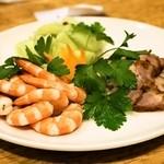 老辺餃子館 - 2014.1 冷菜三種盛り合わせ