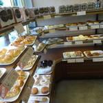 ケント ベーカリー - 豊富なパンの種類