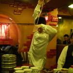 中国茶房8 - お茶 パフォーマンス2