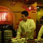 中国茶房8 - お茶 パフォーマンス3