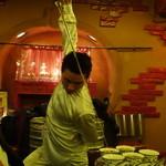中国茶房8 - お茶 パフォーマンス5