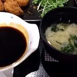 鶏吉 - 鶏吉 @日本橋 こんなにソースいりましぇん!