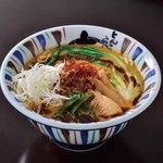 七志 - 担々麺