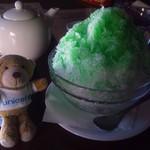 しょこら亭 - メロンシロップのかき氷300円