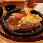 炭焼きハンバーグ 牛吉 - チーズハンバーグ(¥970) 2013.03