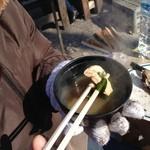 山安水産 - 味噌汁。とれたてカキはうまいですね(^^)