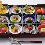 鳥蔵別邸 東屋 - 期間限定「花懐石」3,800円(税別)