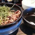 波留乃屋 - 肉そば大盛り2014.1