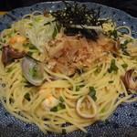 洋麺屋 五右衛門 - 海老とあさりとヤリイカの醤油バター