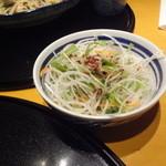 洋麺屋 五右衛門 - デザートセットのサラダ