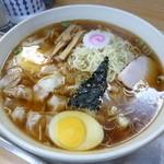大勝軒 - '14/02/01 大盛り玉子入りワンタン麺(1,100円)